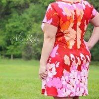 Tidal knee length dress with short sleeves