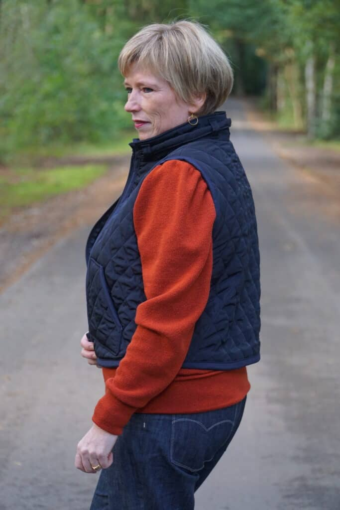 oakley vest
