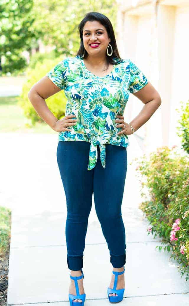 Love Notions Classic Tee Knot Front Tee Hack Front 3