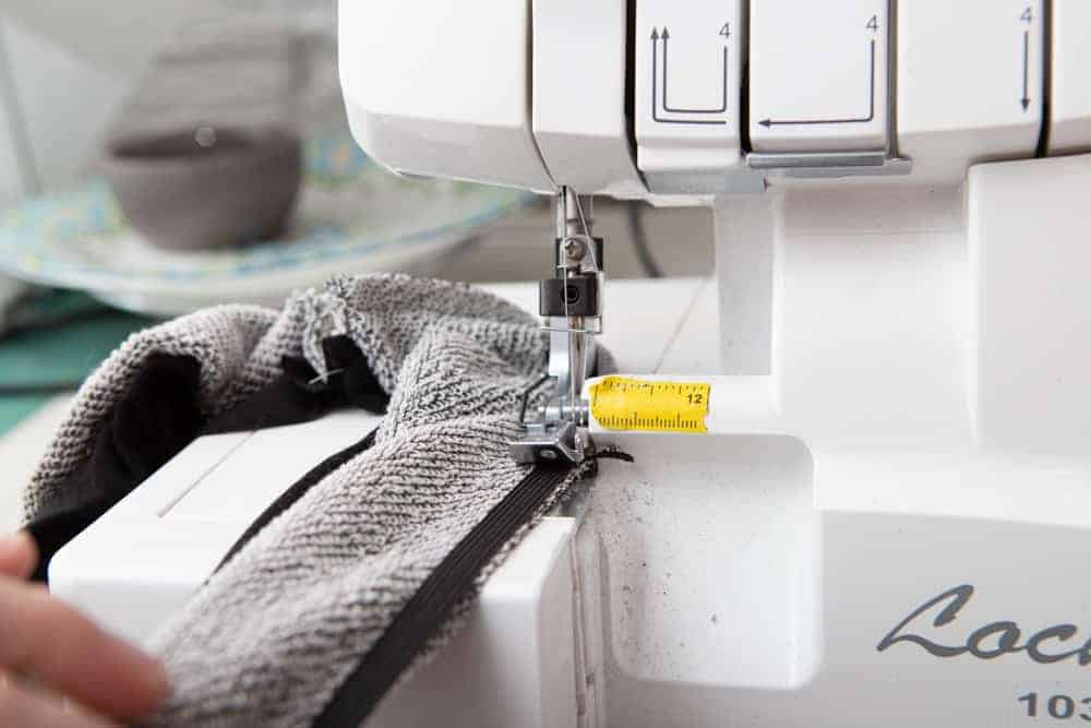 how to stabilize a seam with elastic