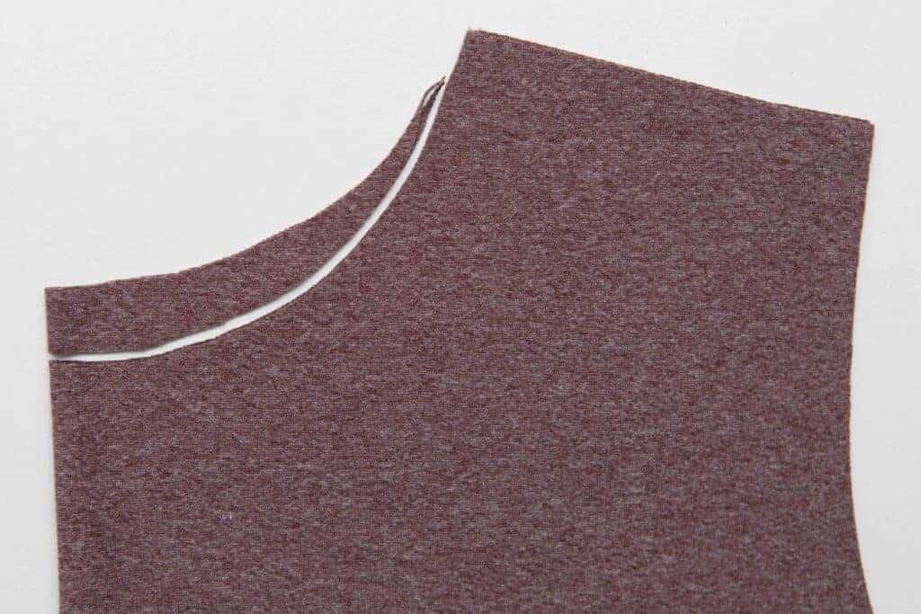 knot shirt tutorial
